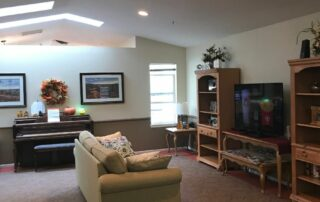 Three Rivers Place Kennewick TV Room