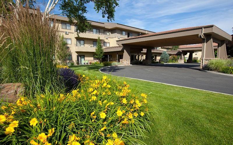 Royal Columbian Retirement Inn